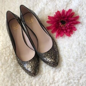 Vince Camuto black and gold sparkle heels